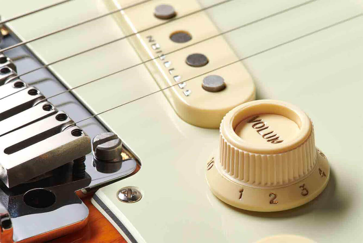 American Ultra Stratocaster S1 Switch