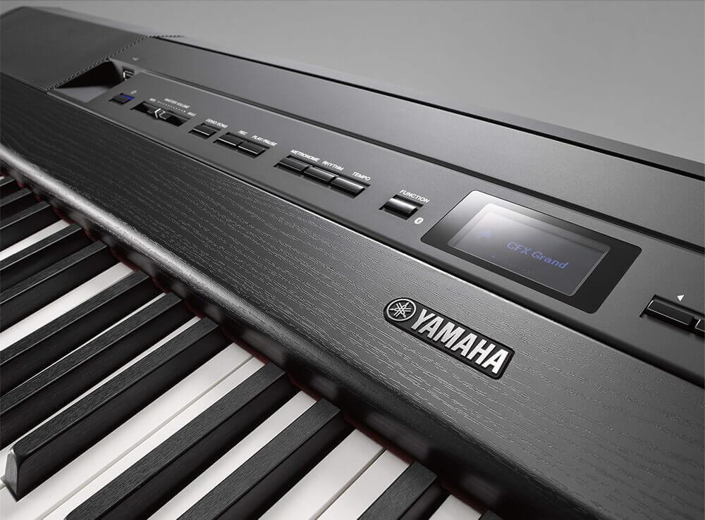 Yamaha P-515 panel
